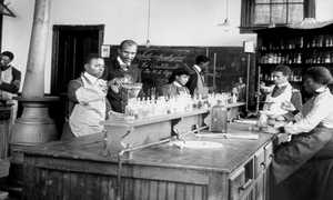 Students working in George Washington Carver's lab at Tuskegee Institute