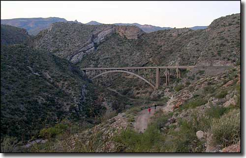 Just up the hill above Superior the Gila-Pinal Scenic Road crosses the canyon