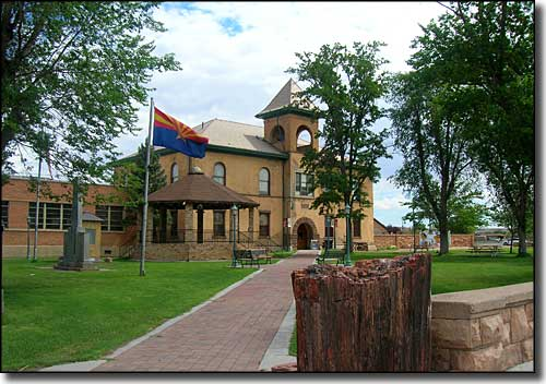 Navajo County Courthouse in Holbrook, Historic Route 66