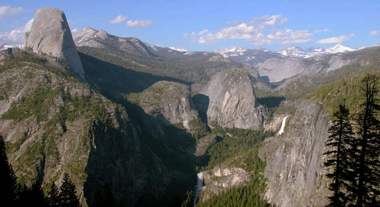A view from Glacier Point, Yosemite National Park