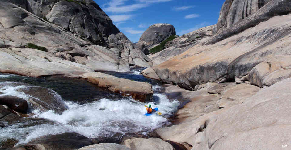 A kayaker on the Tuolumne River