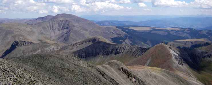 Looking south from the summit of San Luis Peak in the La Garita Wilderness
