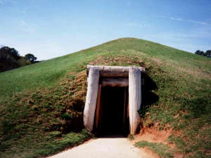 The earth lodge entrance at Ocmulgee National Monument