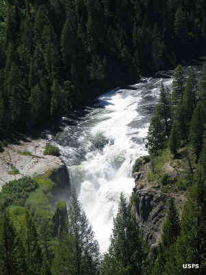 Lower Mesa Falls in Caribou-Targhee National Forest