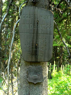 Gospel Hump Wilderness boundary sign