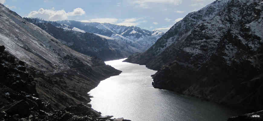 A view of Hells Canyon in winter