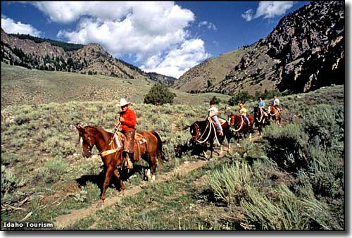 Horseback riding in the Salmon-Challis National Forest
