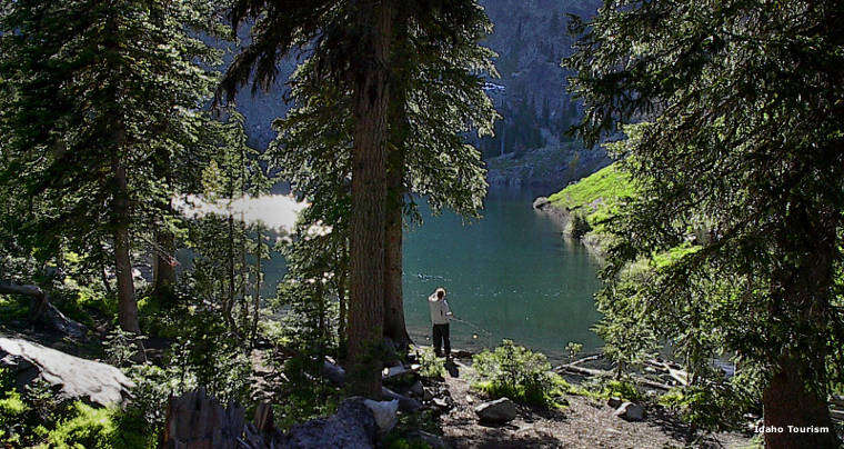 Fishing at Seven Devils Lake in Hells Canyon Wilderness