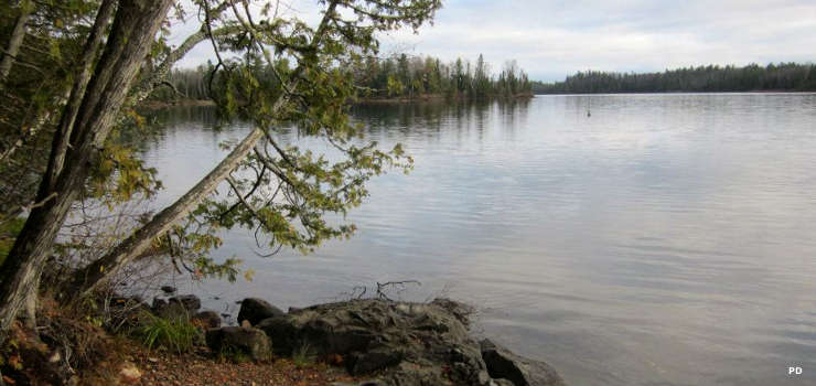 Crescent Lake on Superior National Forest