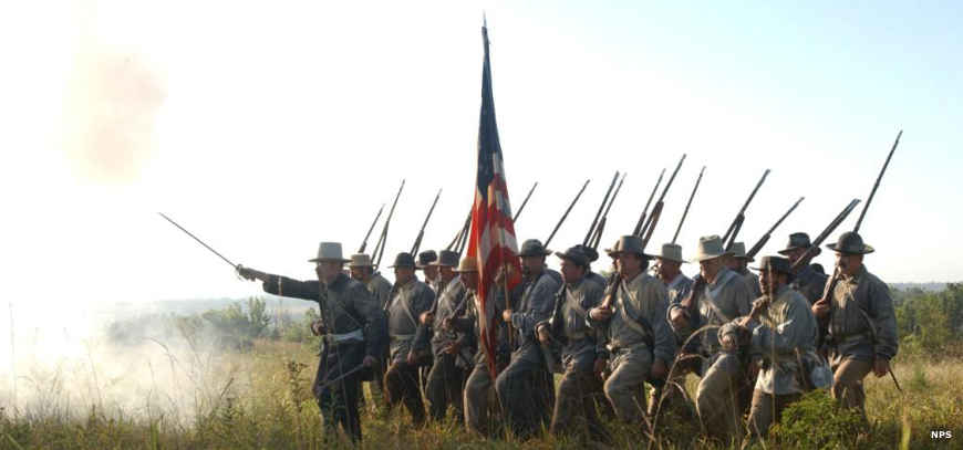 A reenactment of the battle at wilsons Creek National Battlefield