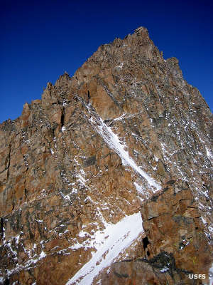 Looking at the rocky East Ridge of Granite Peak