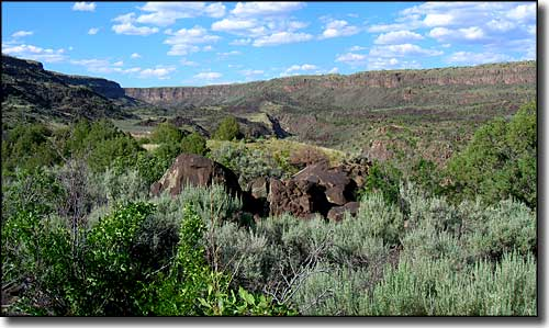 The canyon at Orilla Verde Recreation Area tends to be wide