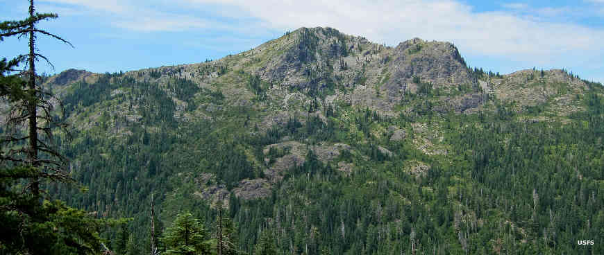 Pyramid Peak in Red Buttes Wilderness