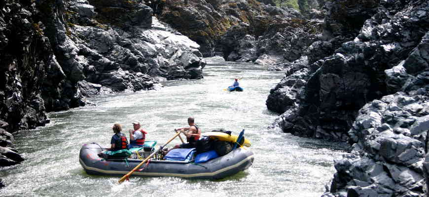 Rafting Mule Creek Canyon