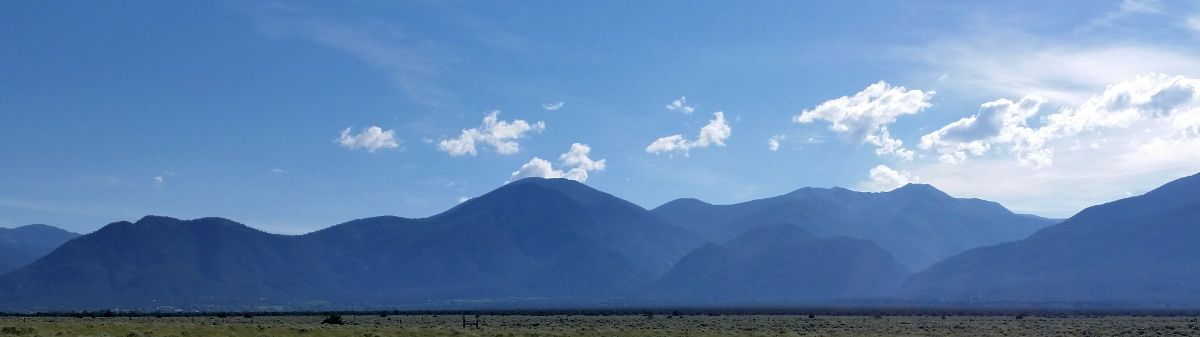 New Mexico: A view of the Sangre de Cristo Mountains near Taos