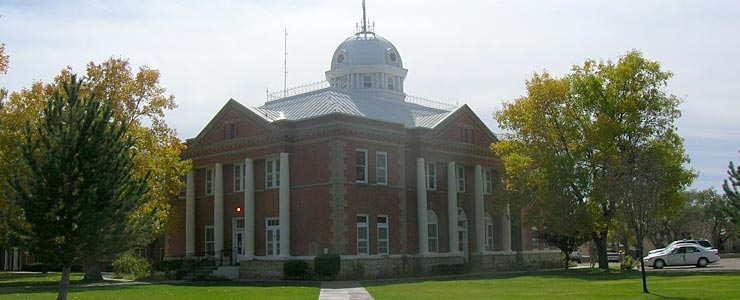 Union County Courthouse in Clayton