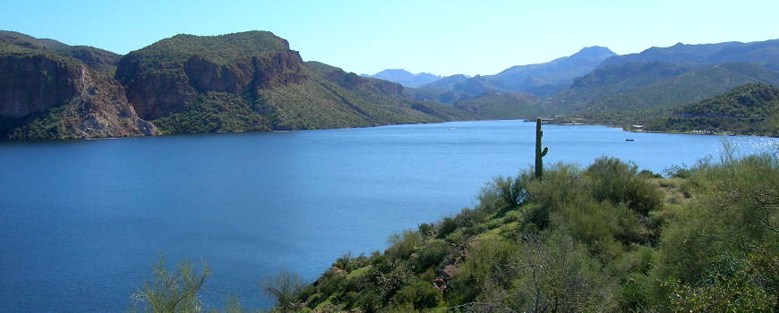 Canyon Lake on the Apache Trail Historic Road