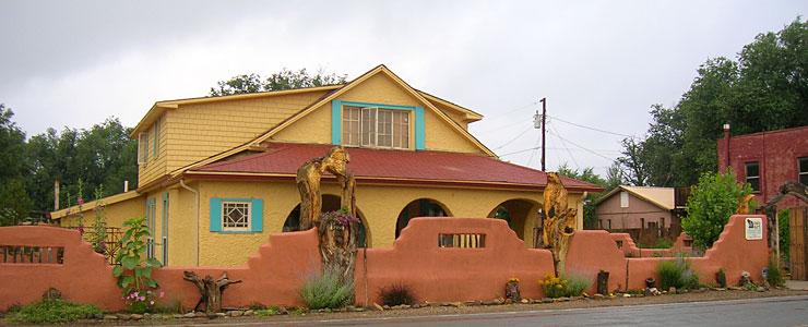 An artist's residence in Capitan