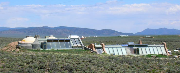 Earthships in Taos County