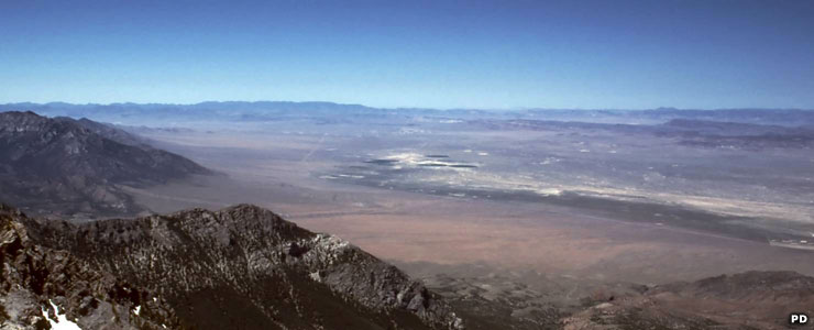 Railroad Valley to the west, from the summit of Troy Peak