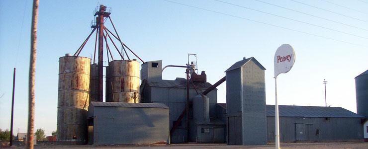 Melrose grain elevators