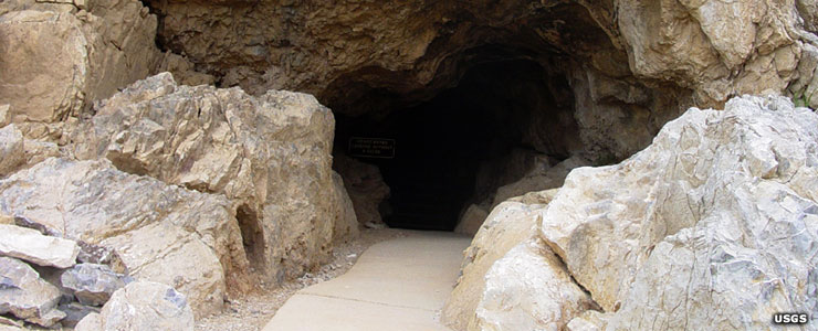 The natural entrance to Mitchell Cavern