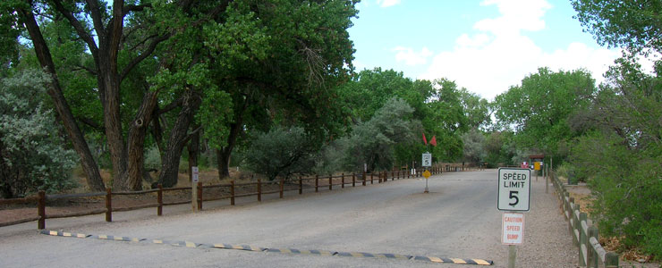 The entrance to Rio Grande Nature Center State Park