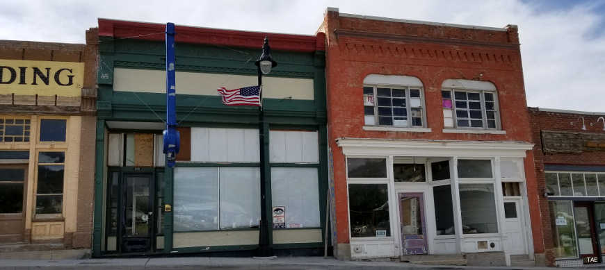 Empty storefronts in Eureka