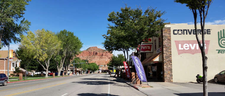 Typical view in Kanab, Utah, at the southern end of the Mt. Carmel to Long Valley Scenic Drive