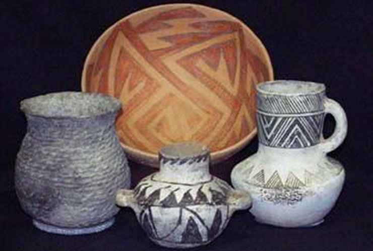 Examples of Ancestral Puebloan pottery on display at Edge of the Cedars State Park Museum