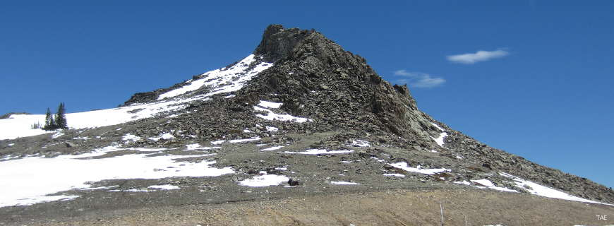 An ancient volcanic formation at the top of Powder River Pass