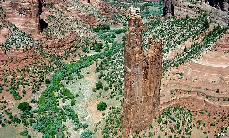 Spider Woman Rock, Canyon de Chelly National Monument
