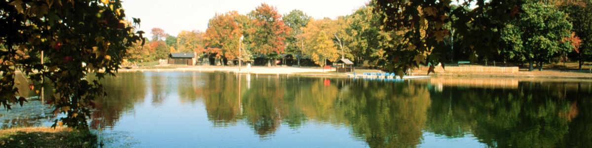 Missouri: A lake view on the Crowley's Ridge Scenic Byway