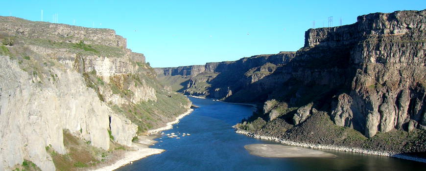 Looking west in the Snake River Canyon below Shoshone Falls, in Idaho